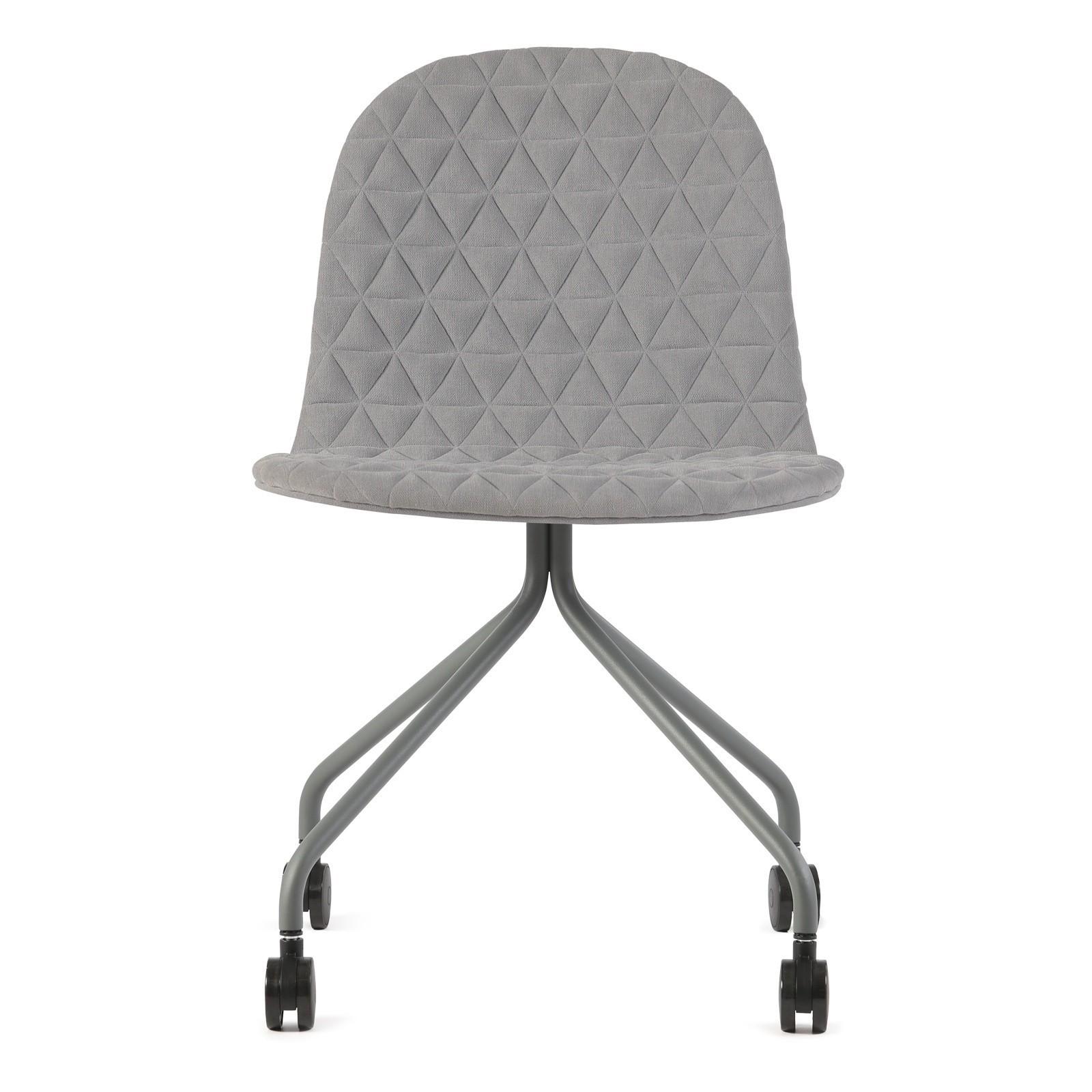 Mannequin chair - 02 - grey