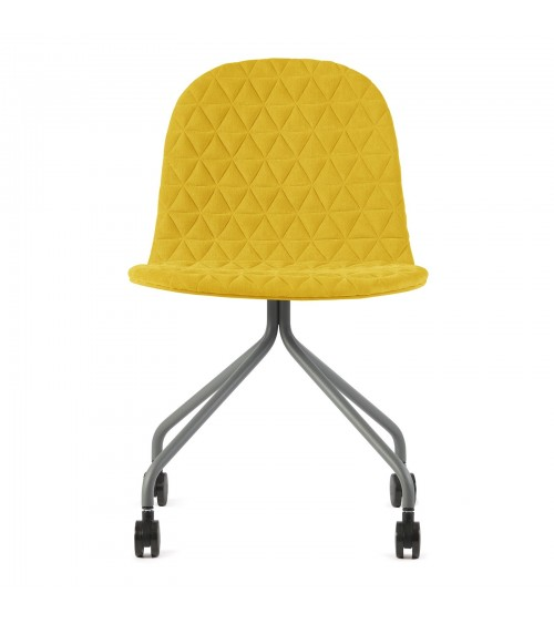 Mannequin chair - 04 - yellow