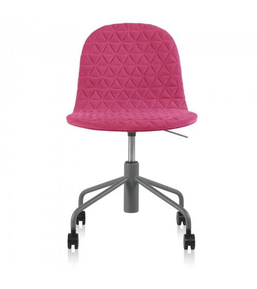 Mannequin chair - 06 - amaranth